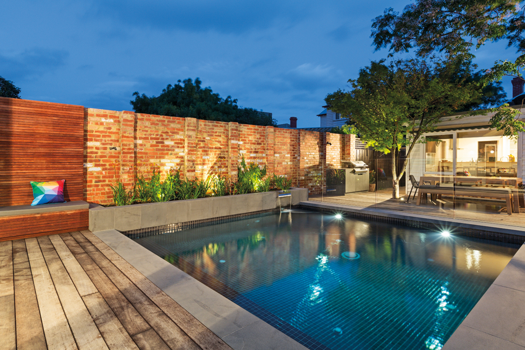 East coast swimming pools melbourne pool and outdoor design for Outdoor swimming pools melbourne
