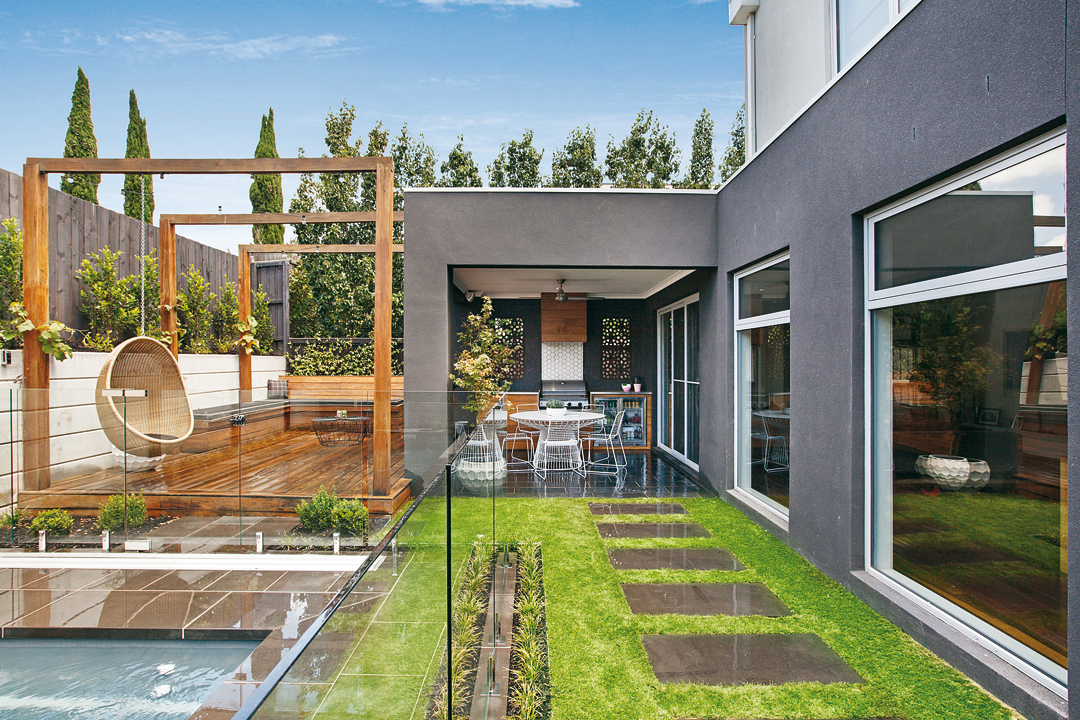 Love it landscaping melbourne pool and outdoor design for Outdoor pool house designs