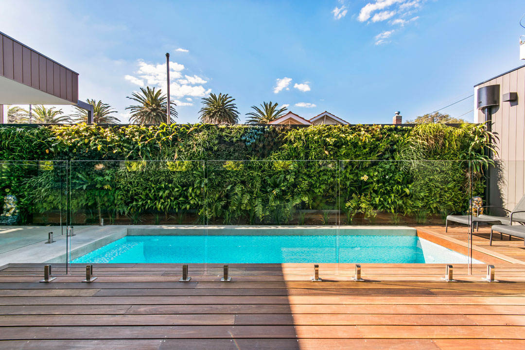 Lifestyle pools melbourne pool and outdoor design for Outdoor swimming pools melbourne
