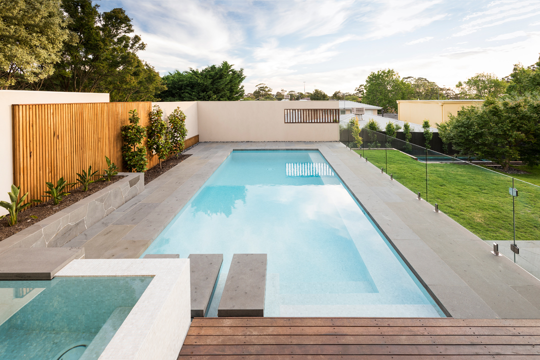 Bayon gardens melbourne pool and outdoor design for Outdoor swimming pools melbourne