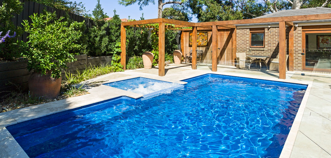 BEST RESIDENTIAL PRE-ENGINEERED, VINYL-LINED IN-GROUND POOL - Albatross Pools