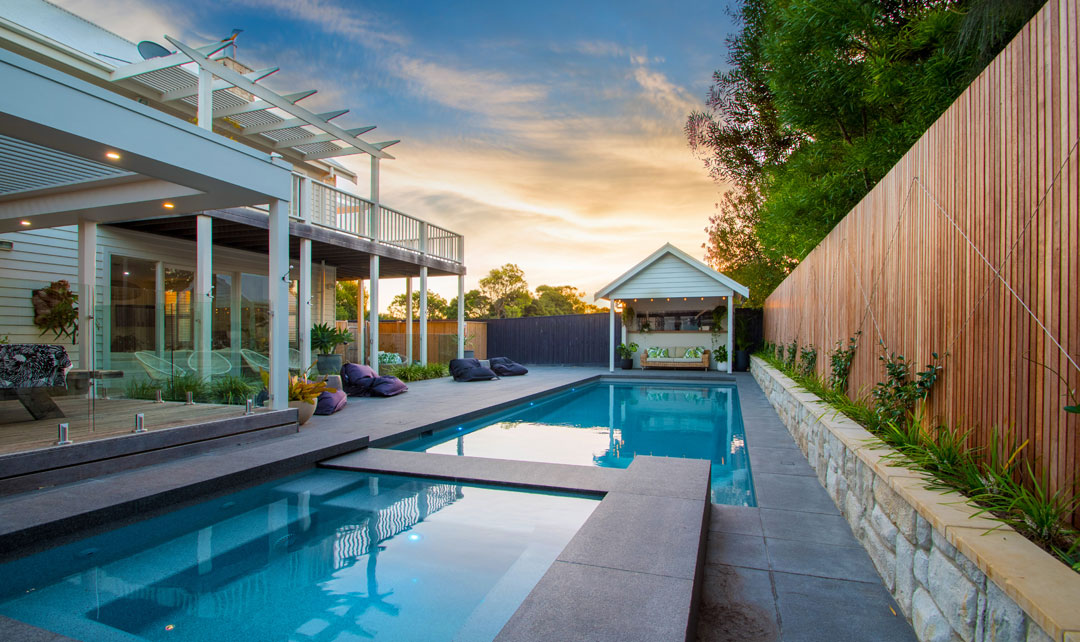 BEST RESIDENTIAL FIBREGLASS, ACRYLIC OR VINYL-LINED POOL & SPA COMBINATION - Narellan Pools Geelong
