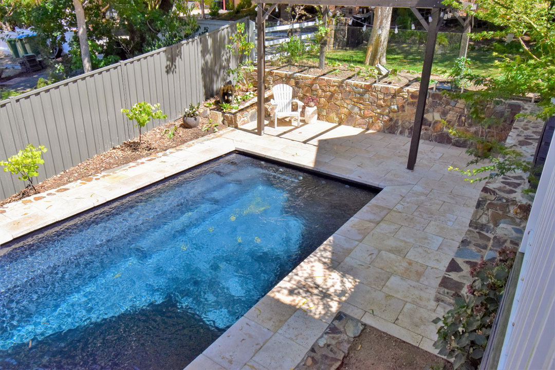 BEST RESIDENTIAL FIBREGLASS POOL UNDER $40,000 - Leisure Pools Melbourne Central