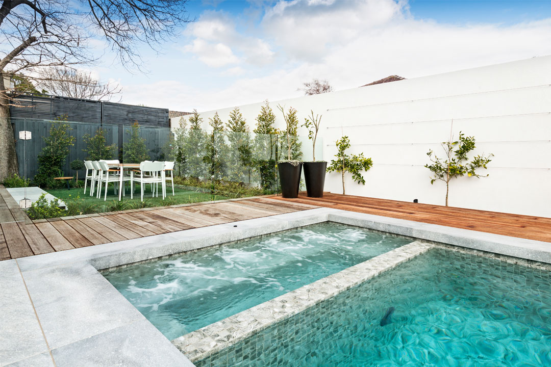 Ultimate Swimming Pools Melbourne pool builder