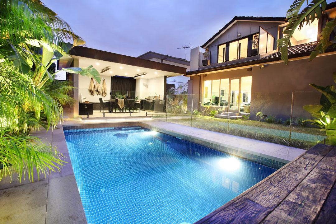Kiama Landscapes & Pools Melbourne pool designer and builder